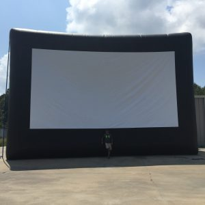Outdoor inflatable movie theater screen